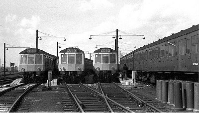 Class 127s at Cricklewood Sidings